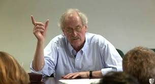 أكسيل هونيث: الاحتقار أساس المجتمع الرأسمالي المعاصر