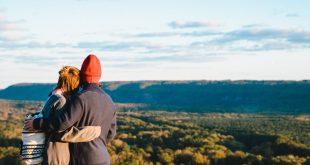 ما الحب؟ هل يمكن للفكر الحر أن يعي شعور الخضوع … فلسفيا