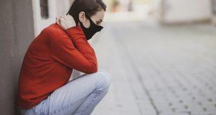 التباعد الاجتماعي في العزلة